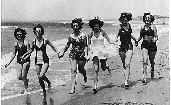 mujeres traje de baño