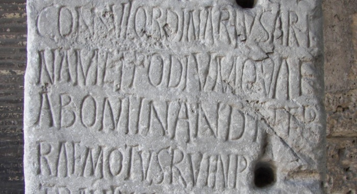 alfabeto griego-etrusco